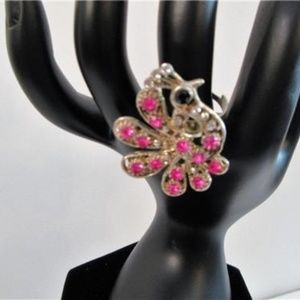 Jewelry - Peacock Rhinestone Statement Ring Sparkly Pink